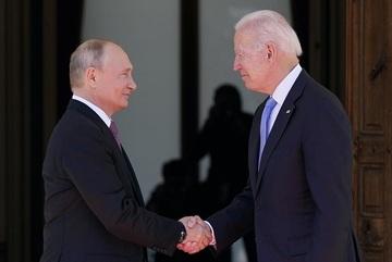 """Thế giới 7 ngày:  Tranh cãi nguồn gốc Covid-19, Biden - Putin 'mặt đối mặt"""""""
