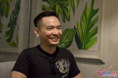 Ca sĩ Việt Quang đã có thể tự đi lại
