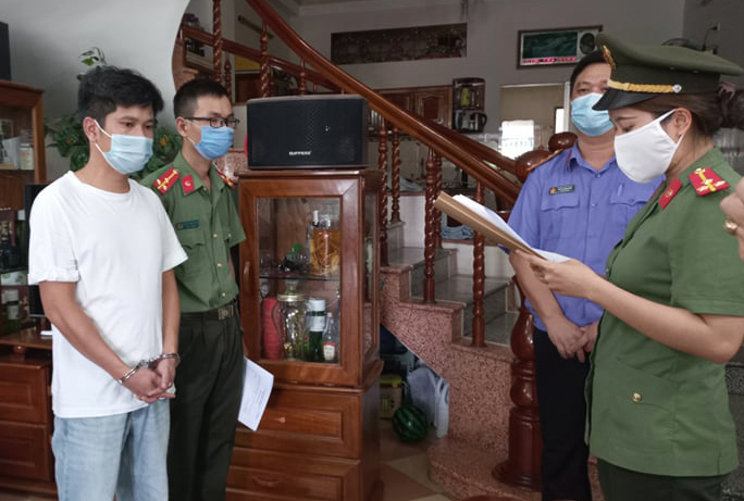 Bốn giám đốc ở Đà Nẵng tổ chức đưa 'chuyên gia dỏm' nhập cảnh trái phép