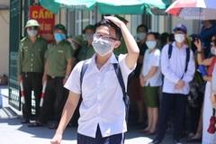 40 trường THPT ở Hà Nội hạ điểm chuẩn vào lớp 10