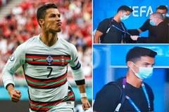 Ronaldo bị an ninh ngăn lại, kiểm tra thẻ vào sân EURO 2020
