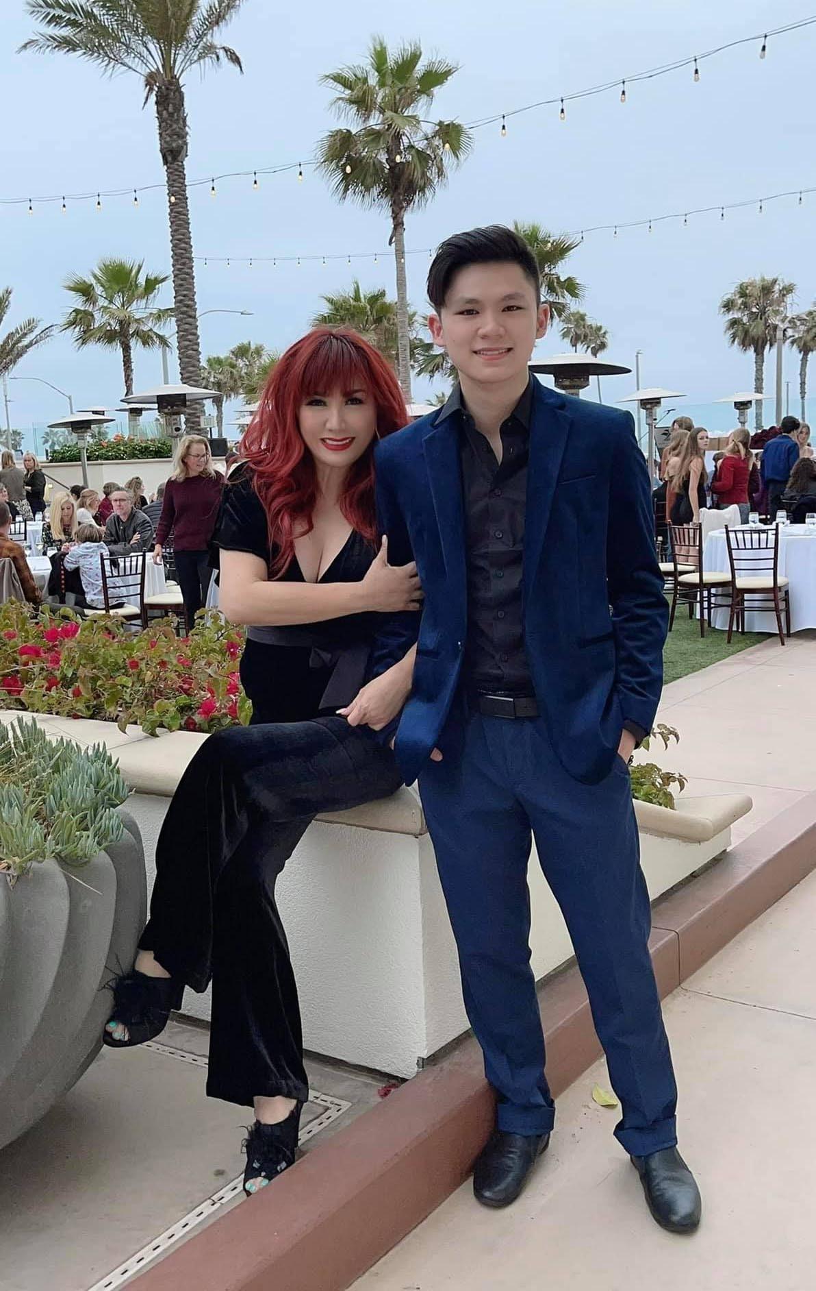 Con trai 18 tuổi điển trai, học giỏi của Bằng Kiều và Trizzie Phương Trinh