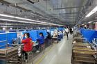 Công nhân TP Chí Linh đi làm trở lại với niềm vui được tăng lương