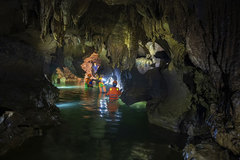 Discovering Cha Loi Cave in Quang Binh