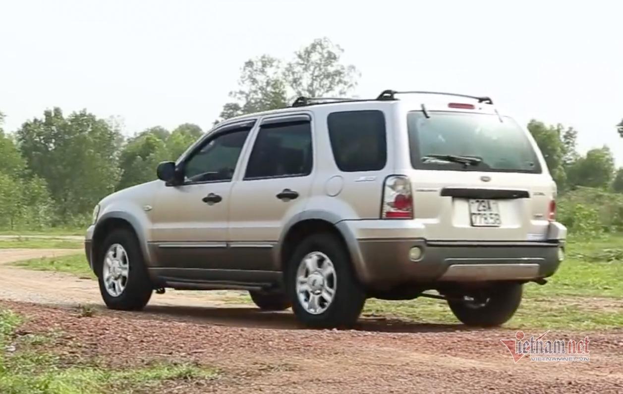 Ford Escape 2007 giá 200 triệu, ngốn xăng nhưng bền bỉ