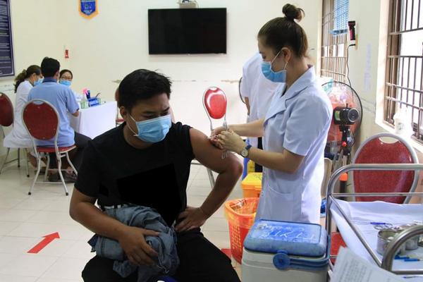 Bà Rịa - Vũng Tàu đề nghị được mua 1,5 triệu liều vắc xin trong tháng 7