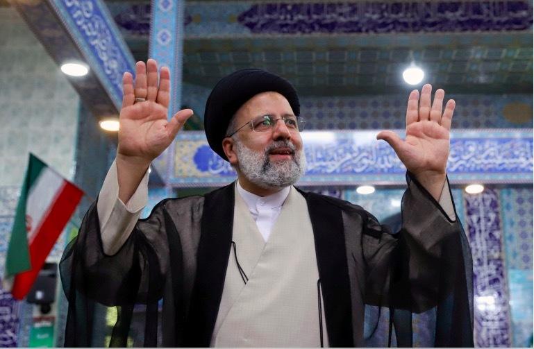 Chánh án Raeisi chiến thắng vang dội trong bầu cử Tổng thống ở Iran