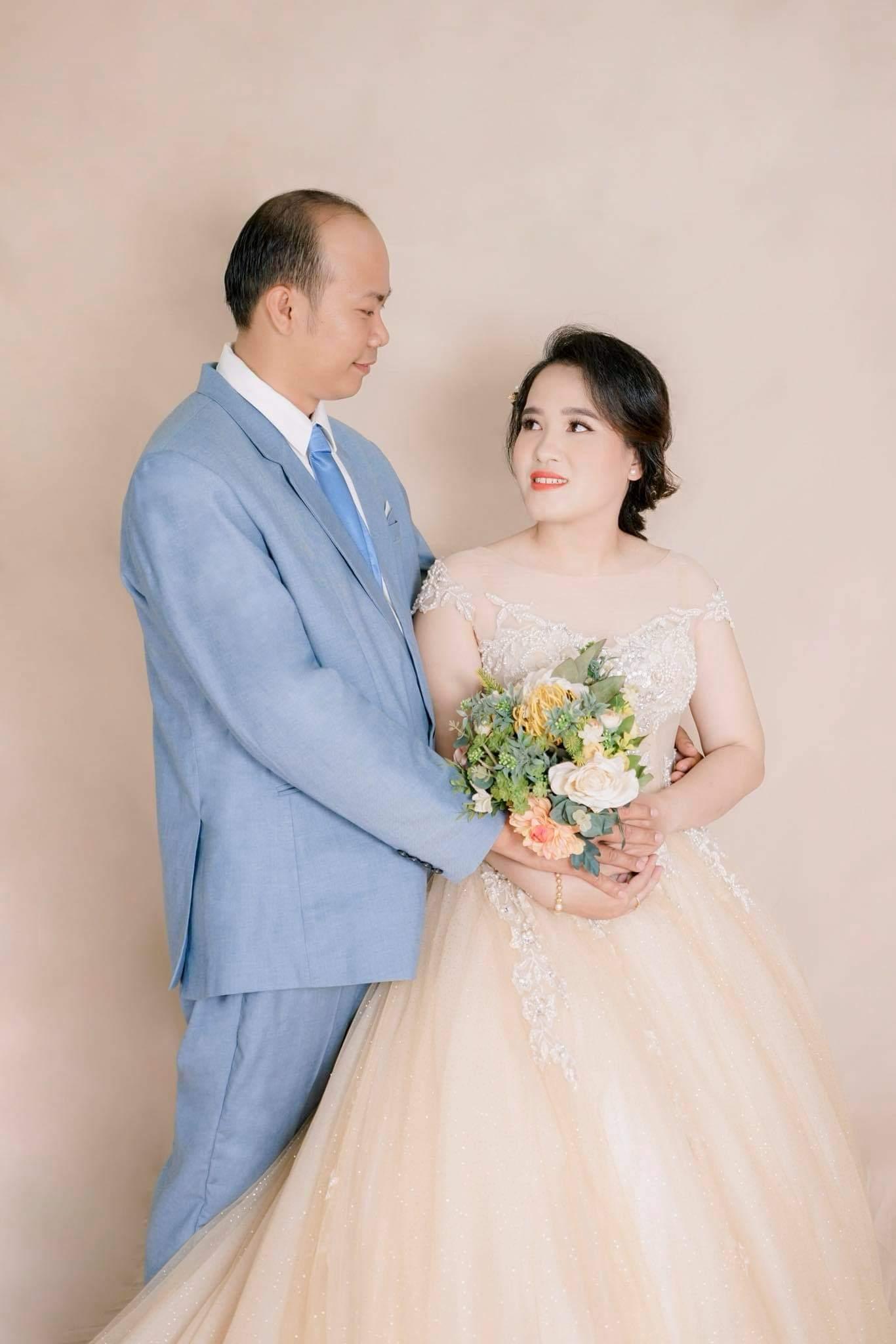 Quyền Linh 'cười ngất' gặp lại vợ chồng mình từng mai mối