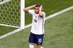 Hungary 0-0 Pháp: Mbappe bỏ lỡ khó tin (H1)