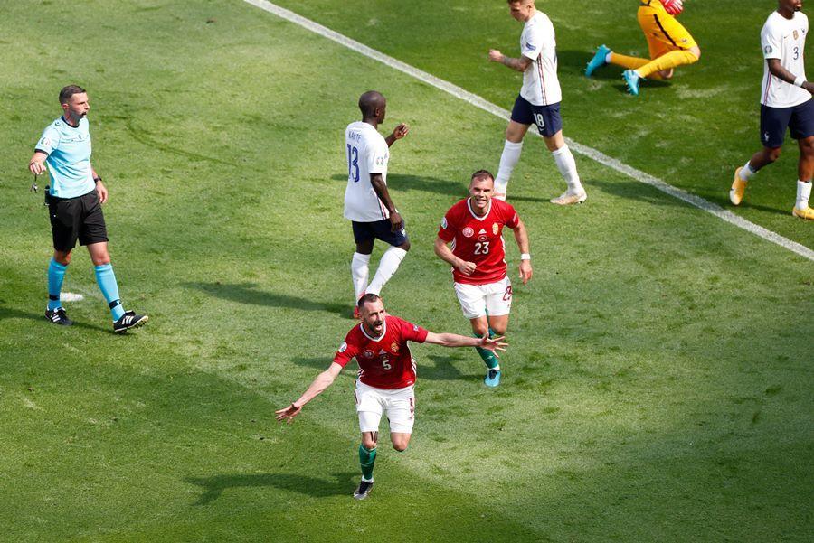 Cầm hòa Pháp, cầu thủ Hungary ăn mừng như vô địch EURO