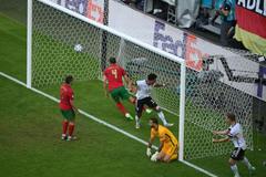 Bồ Đào Nha 1-2 Đức: Bàn thắng liên tiếp (H1)