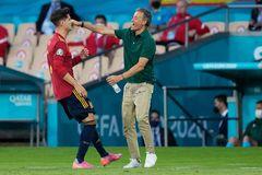 Tây Ban Nha 1-1 Ba Lan: Lewandowski lên tiếng (H2)