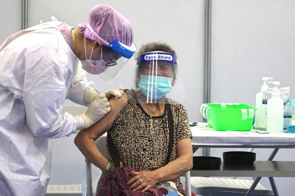 Mỹ tặng Đài Loan vắc xin Covid-19, Brazil vượt ngưỡng 500.000 ca tử vong