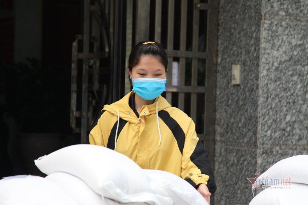 Công nhân mất việc do dịch Covid-19 ở Bắc Giang được nhận lương cơ bản