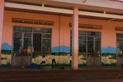 Phát hiện thi thể cô gái đang phân hủy trong trường học
