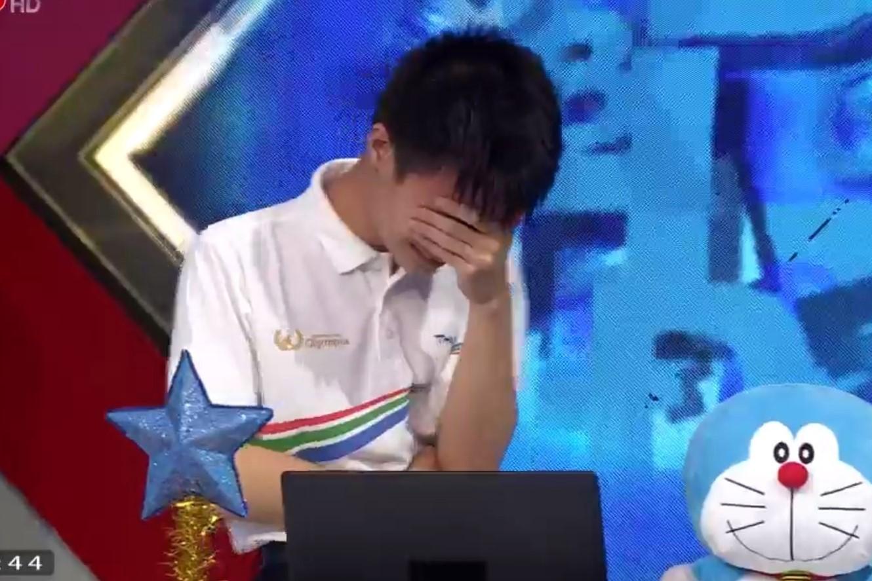 Nam sinh Nghệ An lỡ hẹn với chung kết năm Olympia đầy tiếc nuối