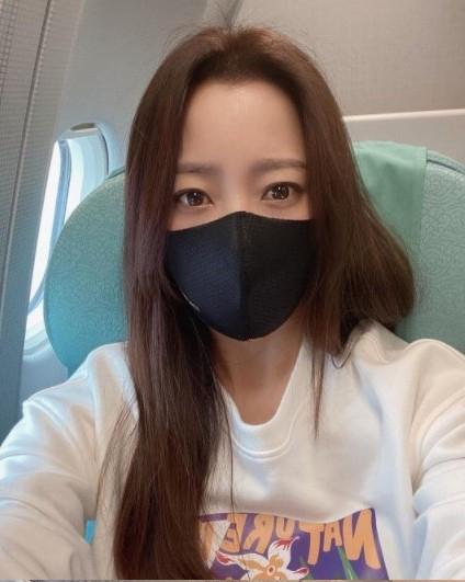 Kim Hee Sun trẻ trung đáng kinh ngạc dù đã 44 tuổi