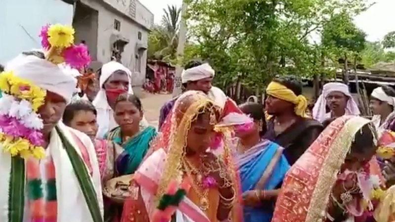 Người đàn ông cưới hai vợ cùng một lúc