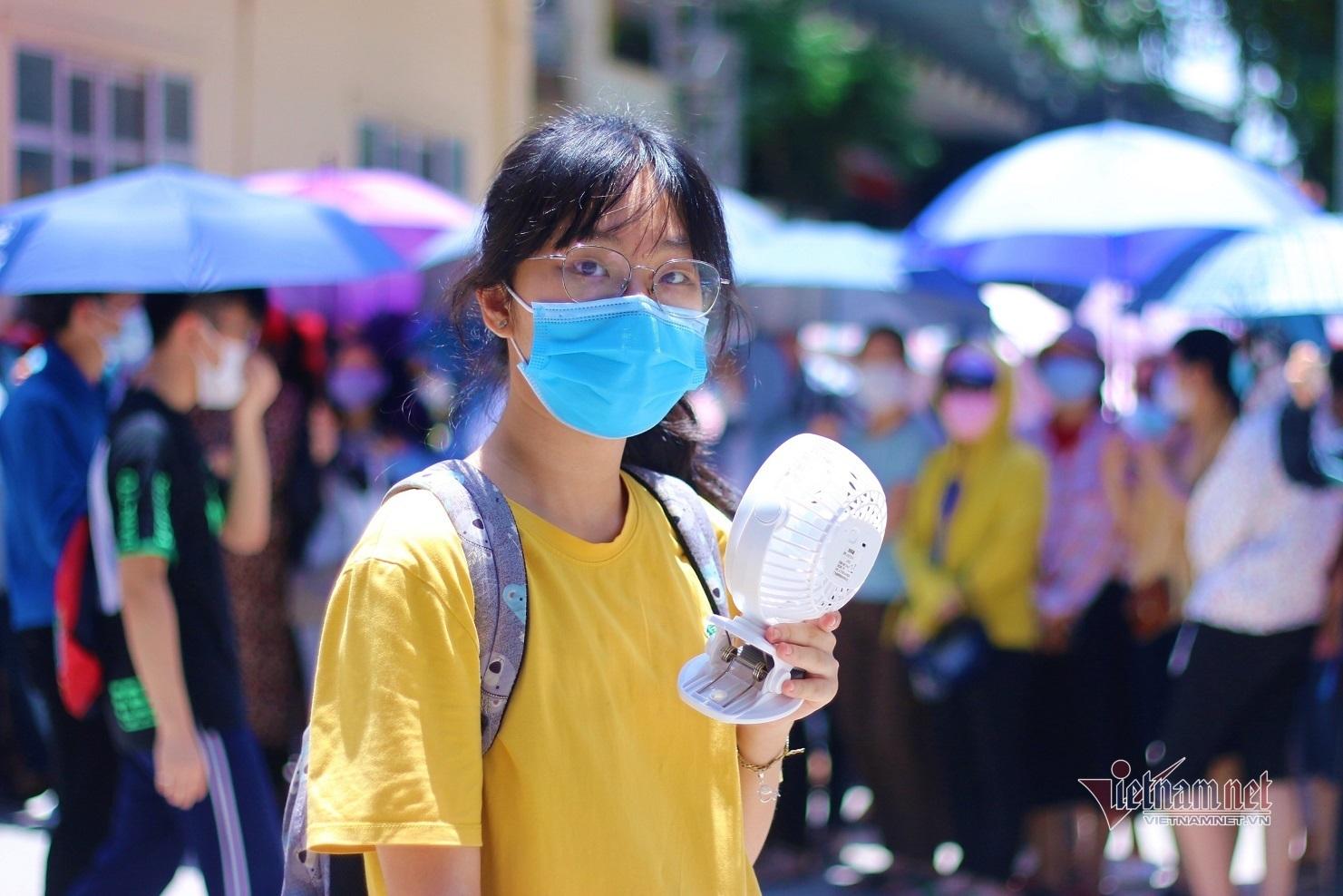 Các hiệu trưởng ở Hà Nội nhận định điểm thi, điểm chuẩn vào lớp 10