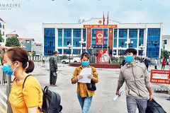 Bac Giang hands over 35,000 workers to their home provinces