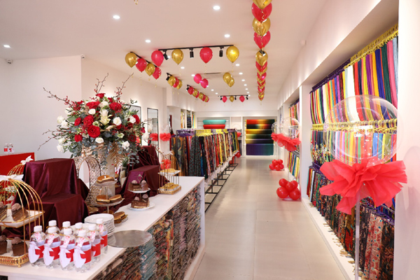 Vải áo dài Cẩm Tú - nức tiếng Đồng Nai