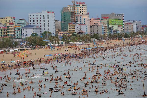 Sầm Sơn: Đất vàng ven biển Hồ Xuân Hương 'tăng nhiệt'