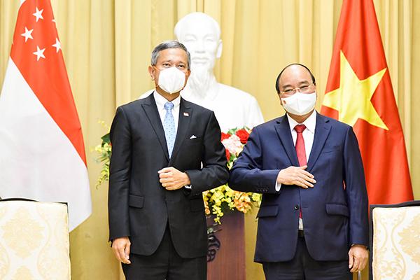 Chủ tịch nước, Thủ tướng tiếp Bộ trưởng Ngoại giao Singapore chào xã giao