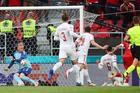 Đan Mạch 0-0 Nga: Hojbjerg nã đại bác (H1)