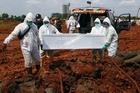 Indonesia vượt 2 triệu ca Covid-19, Ấn Độ lập kỷ lục về tiêm chủng