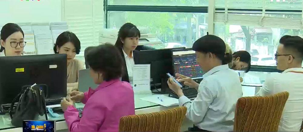 Một môi giới chứng khoán phải chăm sóc 800-1.000 tài khoản nhà đầu tư