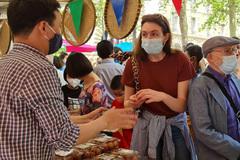 Người tiêu dùng Pháp: Vải thiều Việt Nam ngon hơn hẳn' vải Madagascar