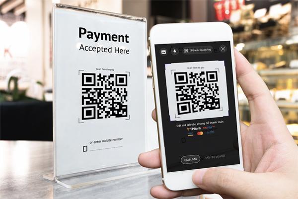 Ngân hàng thúc đẩy thanh toán không tiền mặt qua mã QR