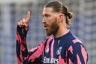 MU sắp ký 2 năm Sergio Ramos, Rudiger ở lại Chelsea