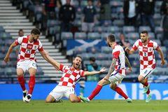 Croatia 1-1 Scotland: Tuyệt phẩm gỡ hòa (H1)