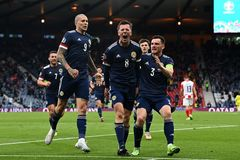 Croatia 2-1 Scotland: Siêu phẩm của Modric (H2)