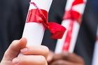 Lần đầu tiên Bộ GD-ĐT công bố chuẩn chương trình cử nhân, thạc sĩ, tiến sĩ