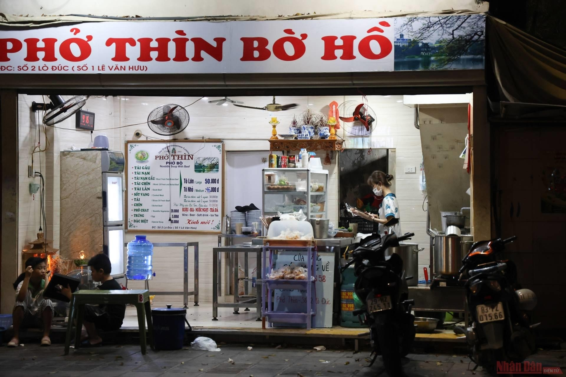 Hanoi,covid-19 pandemic,reopen