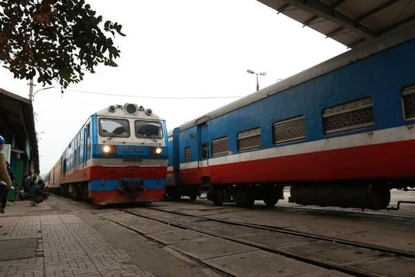 Tổng công ty Đường sắt xin vay 800 tỷ để hoạt động cầm cự