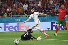 Bồ Đào Nha 2-2 Pháp: Pogba sút trúng xà ngang (H2)
