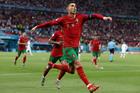 Video Bồ Đào Nha 2-2 Pháp: Kỷ lục gia Ronaldo