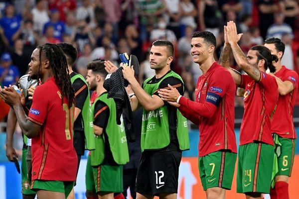 Xác định 8 cặp đấu vòng 1/8 EURO 2020