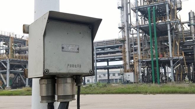 Máy móc, nguyên liệu Trung Quốc ồ ạt 'chạy' về Việt Nam