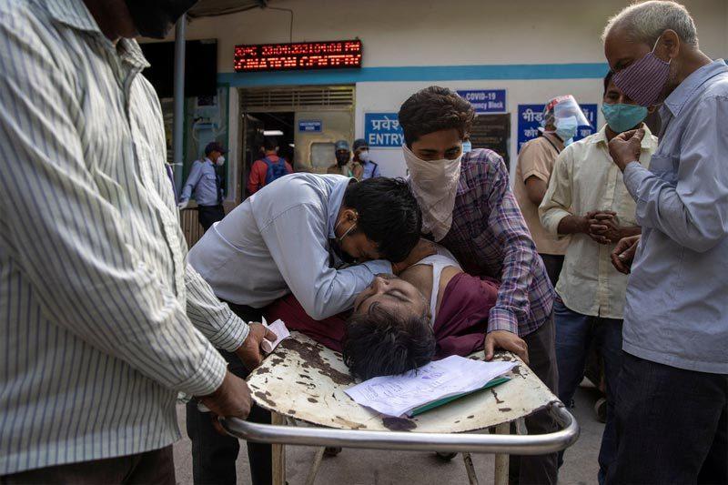 Ấn Độ có thể ngăn chặn làn sóng Covid-19 chết chóc mới?