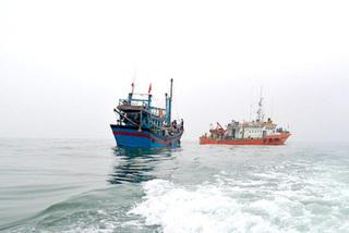 """Thủ tướng ra chỉ thị tháo gỡ """"thẻ vàng"""" cho thủy sản Việt Nam"""