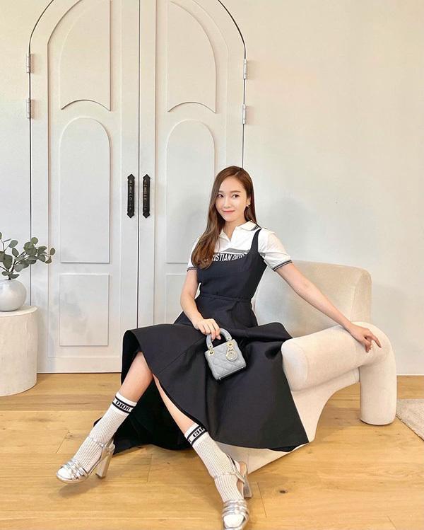 Bae Suzy và dàn mỹ nhân Hàn 'phát cuồng' túi micro bag