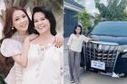 Nữ MC kiếm 50 tỷ đồng từ năm 29 tuổi mua xe 4,6 tỷ cho mẹ đi chợ
