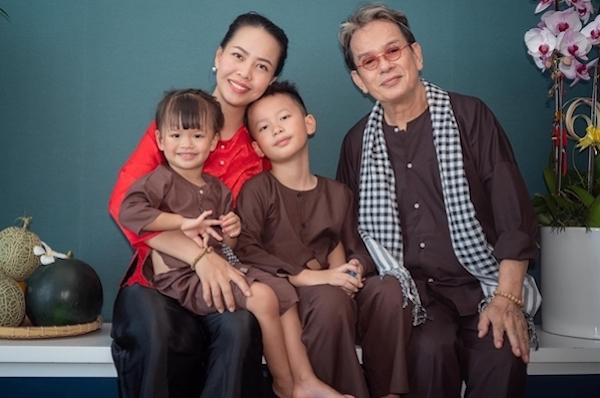 Những cuộc hôn nhân 'đũa lệch' của Vbiz: Cách 44 tuổi vẫn hạnh phúc