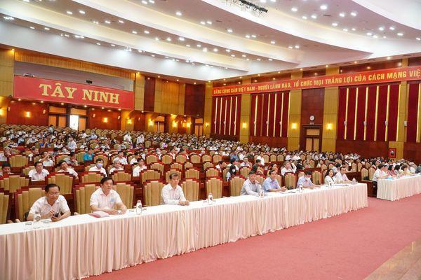 Tây Ninh: Gắn việc thực hiện Chỉ thị 05 với các phong trào thi đua