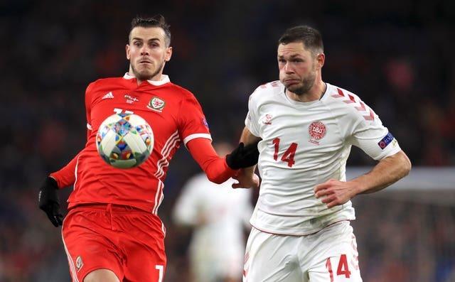 Bale: 'Xứ Wales quen việc ngồi chiếu dưới rồi!'