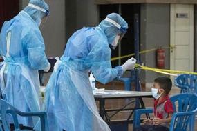 WHO gọi tên 'thất bại toàn cầu', Mỹ cảnh báo về vắc xin Pfizer